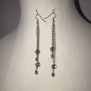 Acrylic crackle beads with silver tone chain.